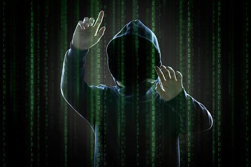 hacker_in_hoodie